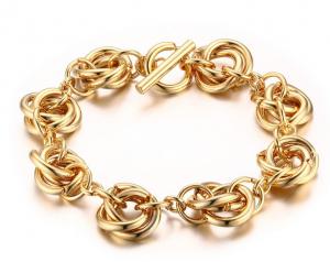 لماذا تهتم النساء باقتناء الذهب_7